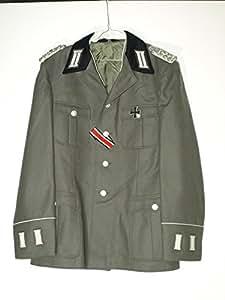 Manteau d'hiver de la nVA, comme wehrmacht, le lieutenant, regiment felix dzierschinsky taille sG 48–0 schulterstücken et avec col noir
