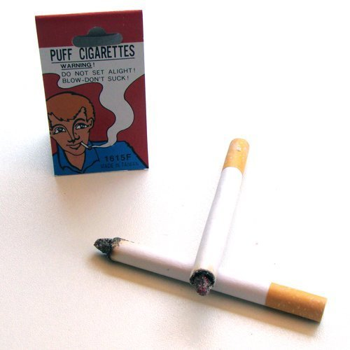 Falsi sigarette accese
