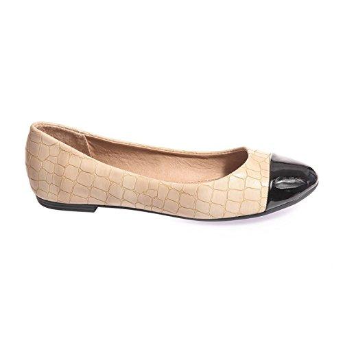 La Modeuse - Ballerinesen simili cuir travaillé avec un effet écailles rappelant la peau d'un crocodile Beige
