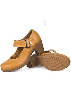 Tendine di manzo in donne scarpe alla fine della Luce di testa scarpe