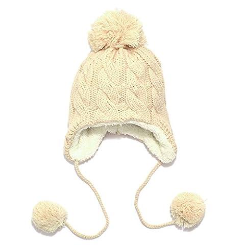 Bobi Mütze Baby Mädchen/Jungen Strickmütze mit verspieltem Zopfmuster aus Baum- wolle, mit angestrickten Ohrenklappen, Binde- bändern und Pompon, gefüttert mit Baumwollfleece (22*24 cm 2-6 Jahre, Beige)