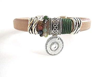 Bracelet Cuir et Argent pour Femme avec Monnaie Pendentif et Petites Pierres Tons Verts