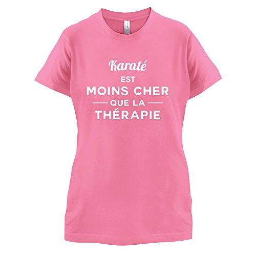 Karaté est moins cher que la thérapie - Femme T-Shirt - 14 couleur Azalée