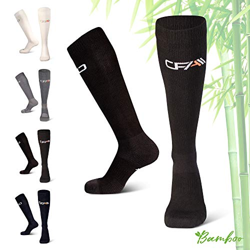 COMPRESSION FOR ATHLETES Hochwertige Bambus Kompressionsstrümpfe, Überlegenen, Flache Spitzennähte, Reduzieren das Risiko von Geschwollenen und Müden Beinen. Hergestellt in der EU. (Schwarz, X-Large)