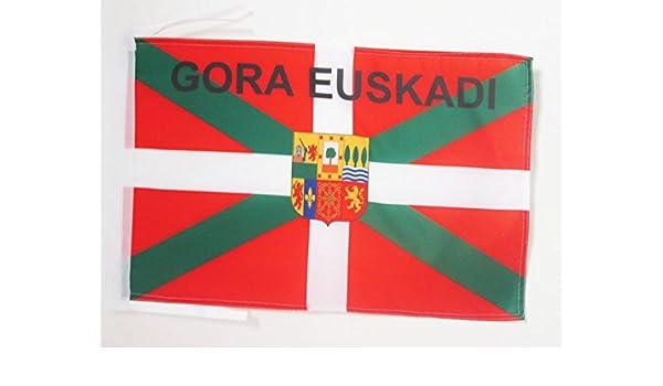 AZ FLAG Bandiera Paesi Baschi EUSKAL HERRIRA 45x30cm BANDIERINA BASCA EUSKADI 30 x 45 cm cordicelle
