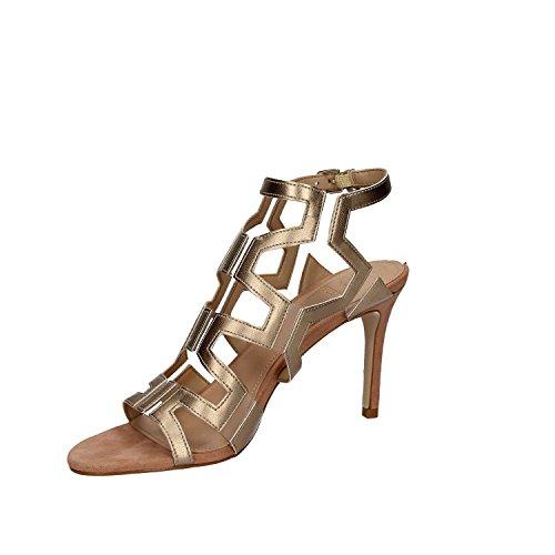 GUESS (Cyarra2) Sandalo Pelle Metal Spillo Grafico FLCY22LEL03 Beige