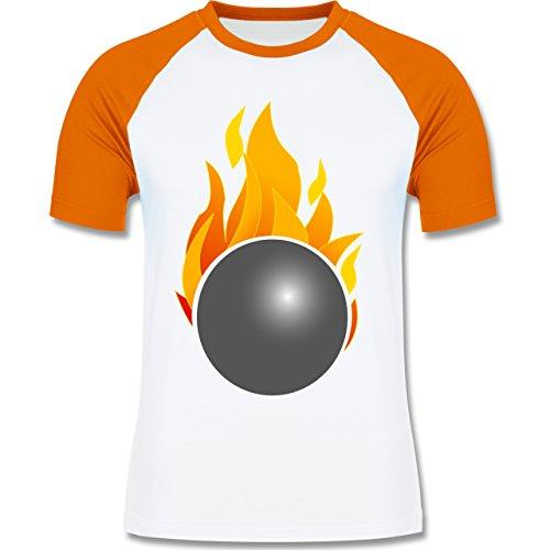 Bowling & Kegeln - Kegeln Kugel Flammen bunt - zweifarbiges Baseballshirt für Männer Weiß/Orange