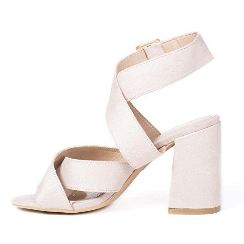 Ideal Shoes Sandales à Talon Carré et Lanières Croisées Tahia Beige