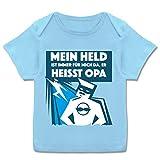 Sprüche Baby - Mein Held ist Immer für Mich da. Er heißt Opa - 68-74 (9 Monate) - Babyblau - E110B - Kurzarm Baby-Shirt für Jungen und Mädchen in verschiedenen Farben