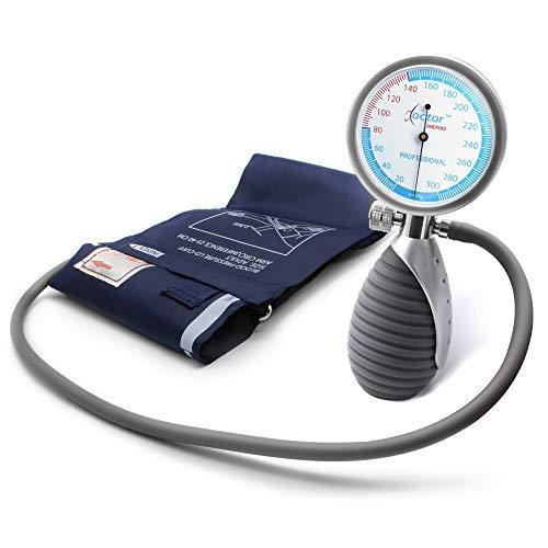 AIESI Blutdruckmessgerät Manuelles Professionelles Aneroid oberarm handheld modell für erwachsene DOCTOR ANEROID ✔ Verstellbarer Griff ✔ 24 Monate Garantie