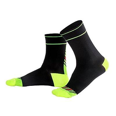 3 Pairs Men Coolmax Sports Running Socks Elastic Compressed Sports Socks (L, Shine Green&White&Black)