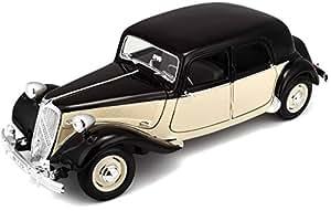 Maisto - 31821Bk - Véhicule Miniature - Modèle À L'Échelle - Citroën Traction 15 Cv Six - Echelle 1/18