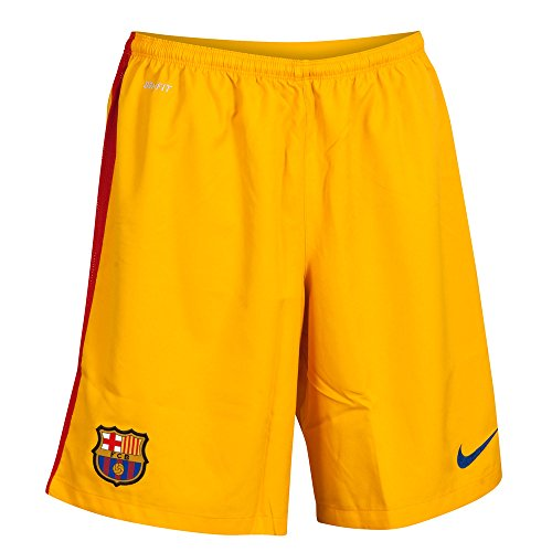 Brand new, official Barcelona Kids Home Goalkeeper Shorts for the 2015 2016 La Liga season. These authentic football shorts are university gold in colour and available to buy in junior sizes small boys, medium boys, large boys, XL boys. The Bar...