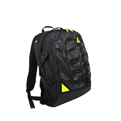 green-guru-spinner-backpack-27-liter-by-green-guru-gear