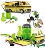 BEN 10 COLLECTORS LORRY WITH OPEN PLAYSET