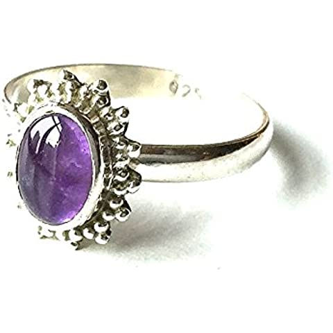 Shanya-Anello etnico in argento Sterling, con ametista, in argento puro, con vera ametista, handcrafted. individualmente ogni anello è la pietra, dimensioni: 5 X 8 mm. ORCAM., dimensione UK.