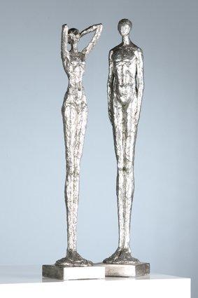 Casablanca Figur Millenium Poly silber H 60 cm 2 fach sortiert 2er Set Base:10 5 x 10 5 cm Mann u.Frau