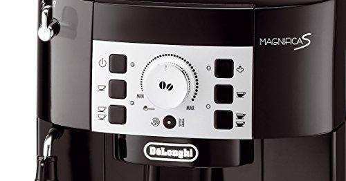 De'Longhi Magnifica S ECAM 22.110.B Kaffeevollautomat (Direktwahltasten und Drehregler, Milchaufschäumdüse, Kegelmahlwerk 13 Stufen, Herausnehmbare Brühgruppe, 2-Tassen-Funktion) schwarz - 4