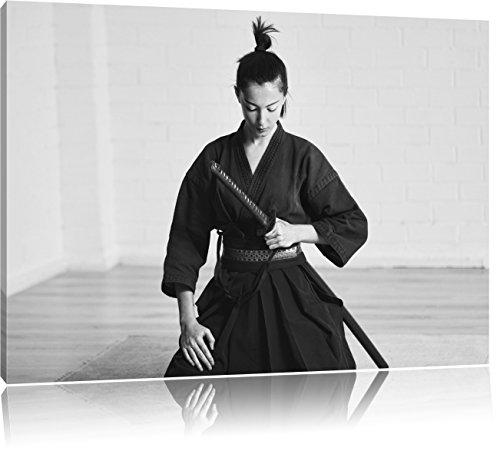 stolze Samurai-Kriegerin Kunst B&W, Format: 120x80 auf Leinwand, XXL riesige Bilder fertig gerahmt mit Keilrahmen, Kunstdruck auf Wandbild mit Rahmen, günstiger als Gemälde oder Ölbild, kein Poster oder (Krieger Frau Ninja)