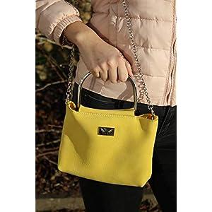 gelbe Handtasche Lederhandtasche Crossover mit Metallgriffen