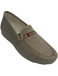 a3f7981130 Zapatillas Hombre Cerradas simulando Zapato con Adorno Aguas Nuevas en  Tostado