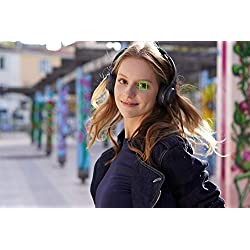 Sony Alpha ILCE-6400 Appareil Photo Numérique Hybride 4K Autofocus Ultra-Rapide type E avec capteur APS-C objectif 18-135 mm