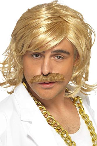 Ideen Kostüm Celebrity - Fancy Dress World - Smiffys - Erwachsene Herren - Game Show Host Kit, Perücke und Tash, Blond inkl. goldfarbener Kette, tolles Kostüm-Zubehör für jeden Anlass und Kostüm 42128 38827