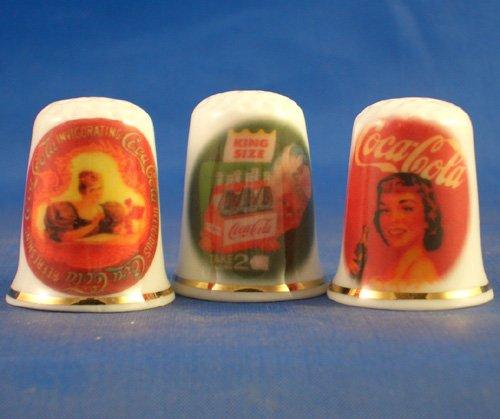 Porzellan China zum Sammeln Fingerhüte Set von drei Coca Cola Vintage Werbung (Vintage Coca-cola-werbung)