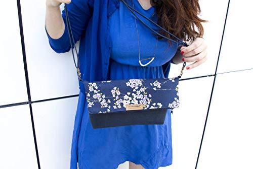 Kork Handtasche vegan aus Kork und Stoff blau mit japanischen Kirschblumen - Kork Tasche -