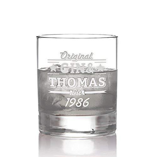 AMAVEL Ginglas mit Gravur - Personalisiert mit Namen und Jahreszahl - Tumbler - Gin & Tonic - Geschenkidee für Männer - Individuelle Geburtstagsgeschenke - Füllmenge: 320 ml - Trinkglas