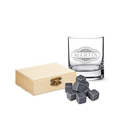 AMAVEL Set de 2 Pièces, Verre et Pierres à Whisky avec Gravure Personnalisée Nom et Date, Banderole