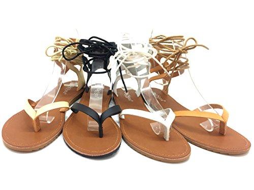 CHIC NANA . Sandale à lacet tour de cheville, bout ouvert entre doigt, aspect similicuir.