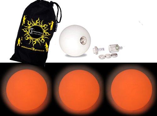 Preisvergleich Produktbild LED Jonglierbälle 3er Set (Orange) - Profi Glow Leuchtbälle mit LED-Licht und Batterien +Tasche. Set Ideal Für Anfänger Wie Auch Für Profis.