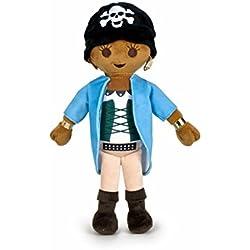 Juguete de peluche con chica pirata.