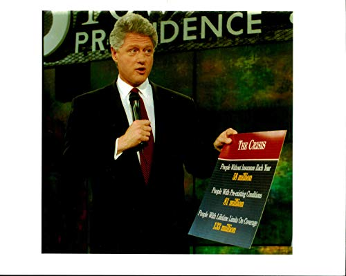 Fotomax Vintage Photo of President Clinton Holds a Chart as he briefing 'Health Care plan'