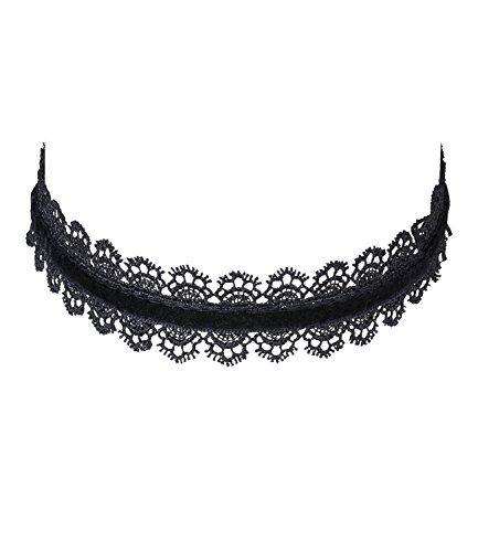 SIX Trend, Damen Halsschmuck, Textil Choker/Enge Kette mit Ornamenten und Spitze in schwarz (741-482)