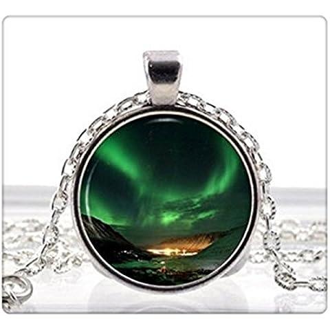 Collana con ciondolo spazio nebulosa Aurora boreale Verde Collana Vintage ciondolo portafoto realizzato da donna - Aurora Collana