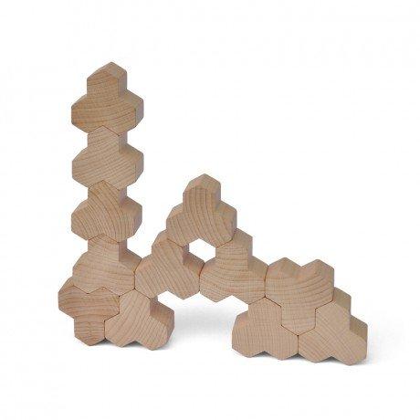 Hotz - kreativer Klotz (18 Stück, Holz, Bauklotz, stapelbar, pädagogisch, Natur, Kindergarten, Kita, kleine Kinder)