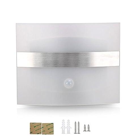 YesMae Lampe Veilleuse Murale,Super Brillant Batterie sans Fil Lampe Murale LED Détecteur de Mouvement de Couloir/ Hall/ Escalier/ Salle/ Cuisine/ Armoire/ Garage/ Chambre/ lit