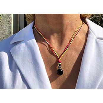 Ethnos Barcelona – Silber- und Onyx-Anhänger. Länge: 45 cm.