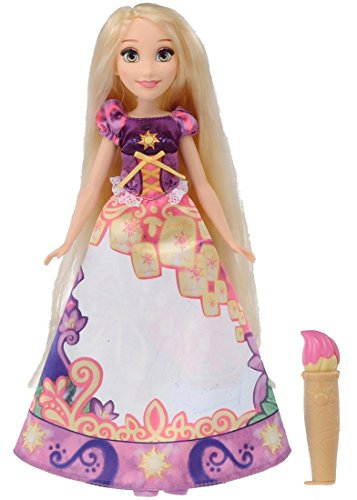 Change dress Rapunzel in the Disney Princess Royal Friends Doll your water