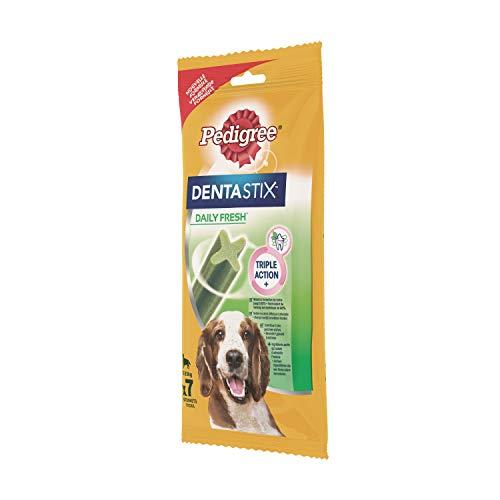 Pedigree DentaStix Fresh Hundesnack für mittelgroße Hunde (10-25kg), Zahnpflege-Snack mit Eukalyptusöl und Grüner Tee-Extrakt, 10 Packungen je 7 Stück (10 x 180 g) - 6