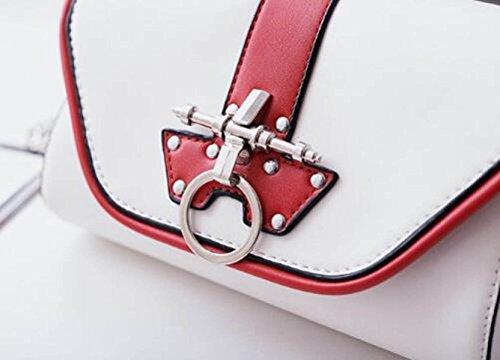 Fabelhaft Europa Und Die Vereinigten Staaten Mode Kette Paket Personalisierte Lock Kleine Quadratische Tasche BlackWithwhite