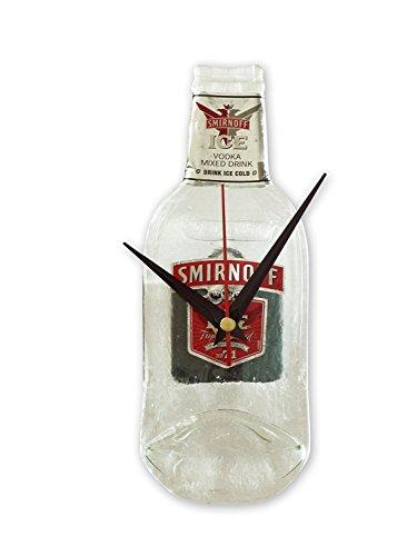 BottleClocks Wanduhr im Smirnoff Vodka-Flaschendesign
