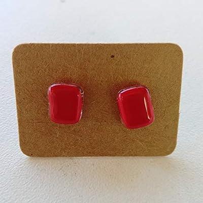 Boucles d'oreilles - puces oreilles -rouge - carrée- lumineuse - artisanale - verre fusionné - fusing- acier inoxydable - de verre et de couleurs