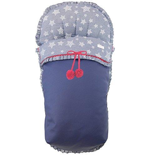 BORDAYMAS/ Winterfußsack für Kinderwagen,Aus wasserdichtem Marineblauem synthetischem Kunstleder,und blauer Canvas Stoff mit Sternen in weiß gedruckt.Red Pompoms Brosche enth.Hergestellt in Spanien