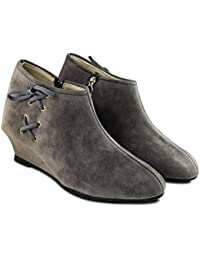 A&S Women's Multicolour Suede Ankle Boots