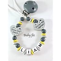 Attache tétine, attache sucette bébé personnalisé perles de bois garçon gris-jaune coeur