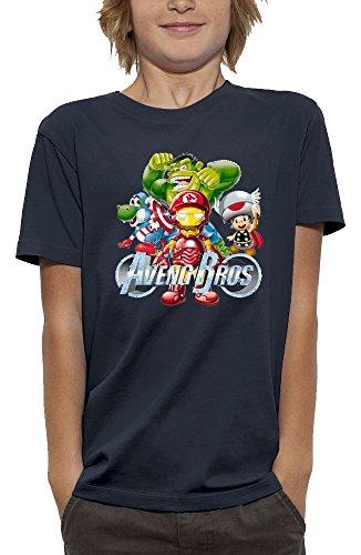 Camiseta AVENGERS BROS - Camiseta ajustada a la moda. Camiseta 140gr / M2 - 100% algodón peinado. Cuello redondo. Costuras laterales. Lave 30 ° en el reverso. Hierro en el reverso. Sin secadora