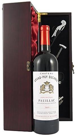 Chateau Grand Puy Ducasse 2005 Grand Cru Classe Pauillac Classeedler Wein in einer mit Seide ausgestatetten Geschenkbox. Da zu vier Wein Zubehör, Korkenzieher ,Giesser ,Kapselabschneider ,Weinthermometer (Pauillac Grand-)